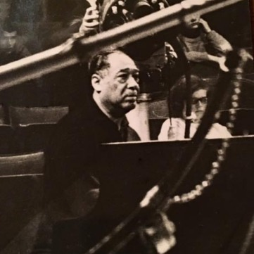 Ellington lyssnar Cirkus 1966